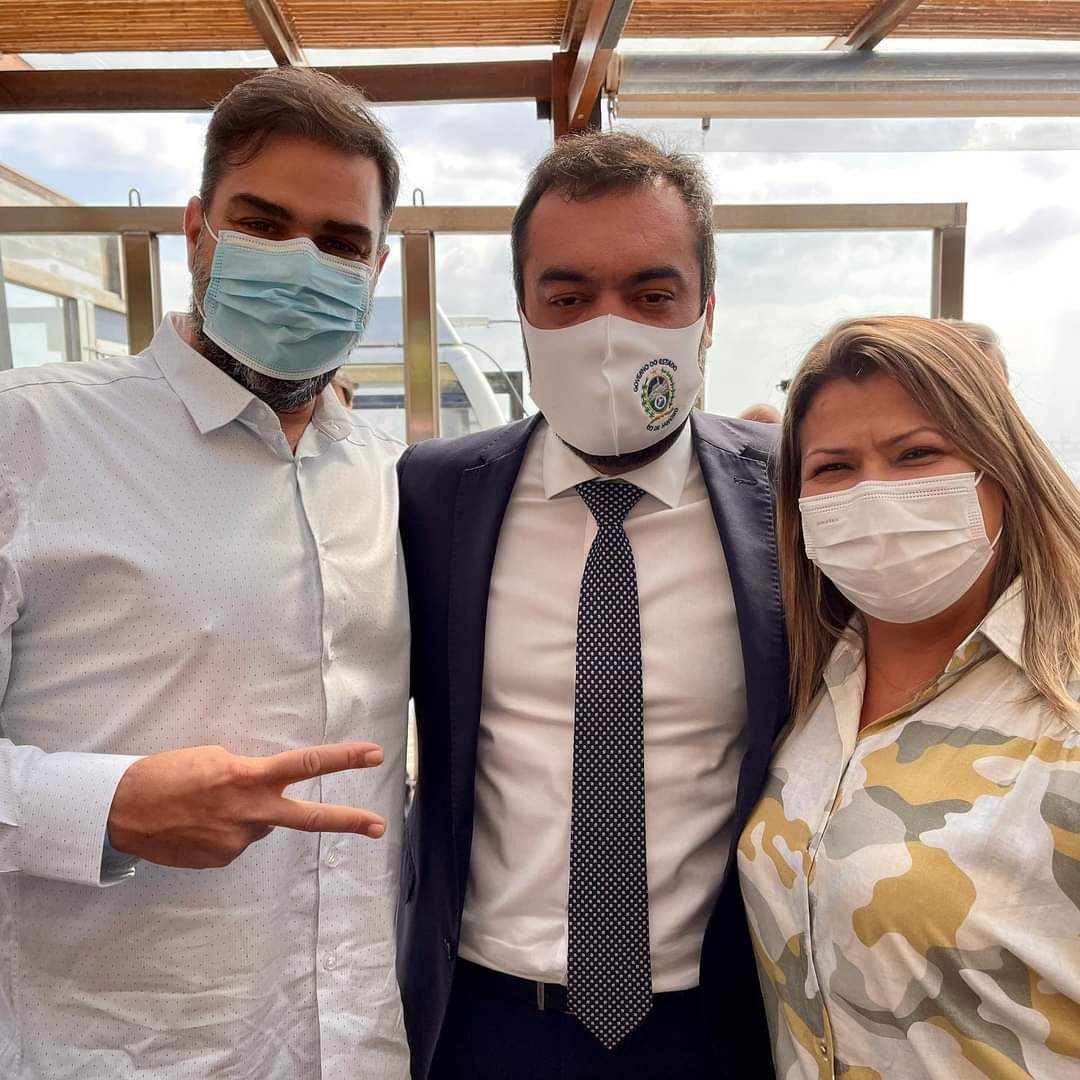 Francimara-participa-de-assinatura-de-contrato-de-concessao-de-saneamento-Divulgacao-1